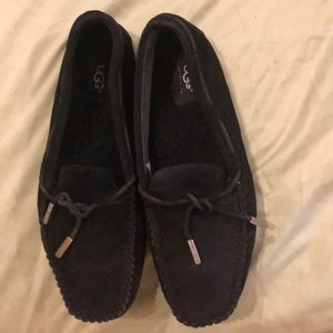 UGG Moccasin 8.5 Leather and Sheepskin I wore once
